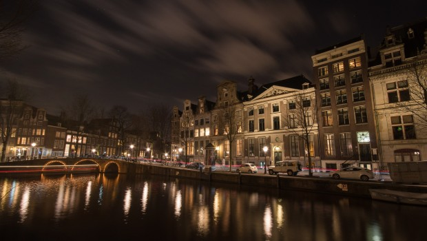 amsterdam-711786_1920